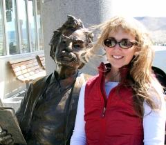 Kirsten and Mark Twain